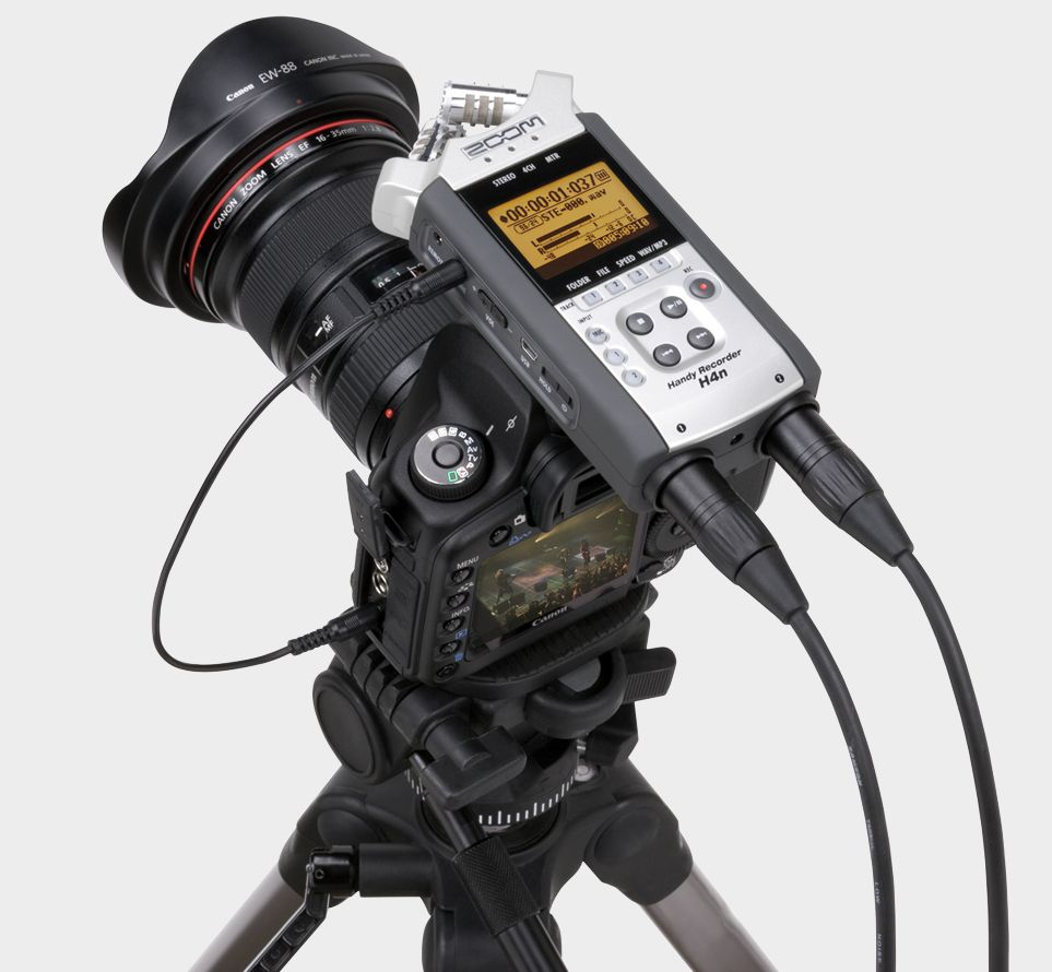 Zoom-H4n-on-a-Canon-DSLR